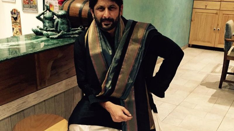 Arshad Warsi Wants People To Buy His Paintings So That He Can Pay His Electricity Bill; Says 'Kidneys, I'm Keeping For The Next'