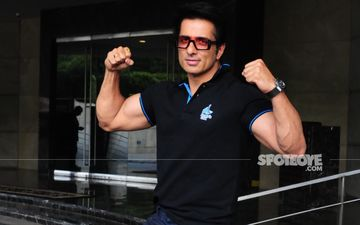 Sonu Sood Stands In Solidarity With The Farmers; Says: 'Kisaan Hai Toh Hum Hai'