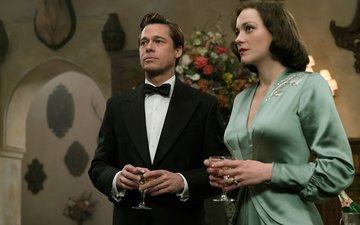 Brad Pitt And Marion Cotillard Light Up The Screen In Allied