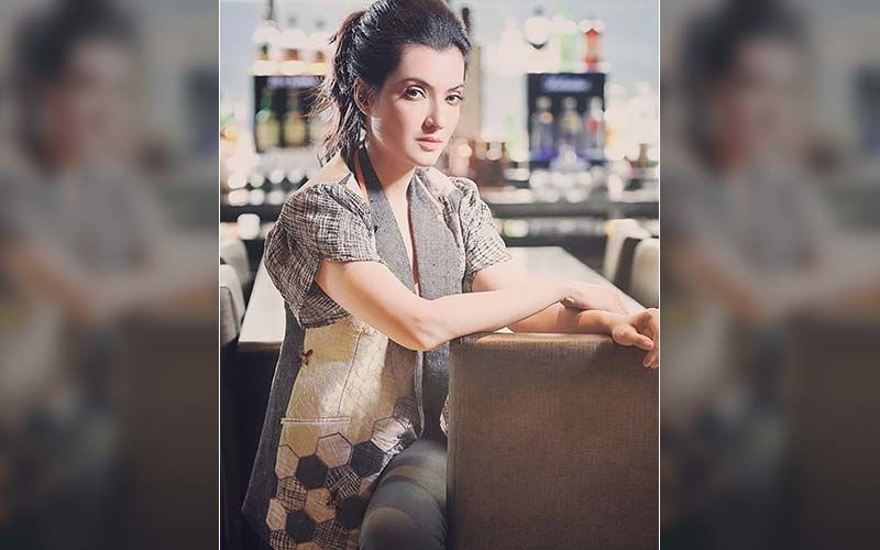 Arpita Chatterjee Gets Nostalgic As Utsab Clocks 20 Years, Shares Old Pic On Instagram