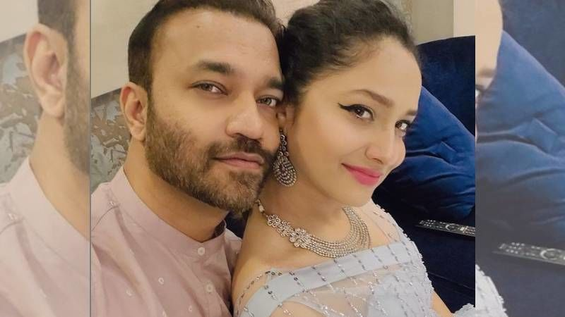 Ankita Lokhande Gives A Sweet Peck To Beau Vicky Jain; Says 'Don't Underestimate The Beauty Of God's Love Story For You'
