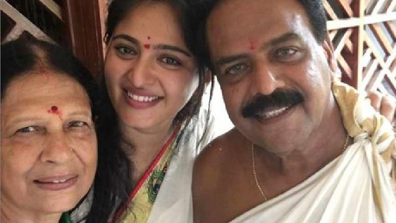Baahubali Star Anushka Shetty Makes The Sweetest Post On Her Parents' Anniversary; Check It Out