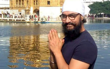 Aamir Khan Visits Golden Temple; Relishes On Prasad And Shows Patience With The Crowd- WATCH VIDEO