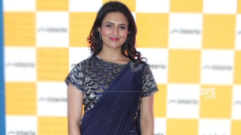 Divyanka Tripathi Extends Support To Farmers' Protest; Says They Need Satisfactory Solutions ASAP