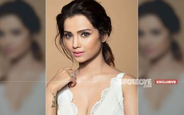 Adaa Khan Honoured With The Iconic Stylish Woman Of The Year Award, Completes Her Hattrick- EXCLUSIVE