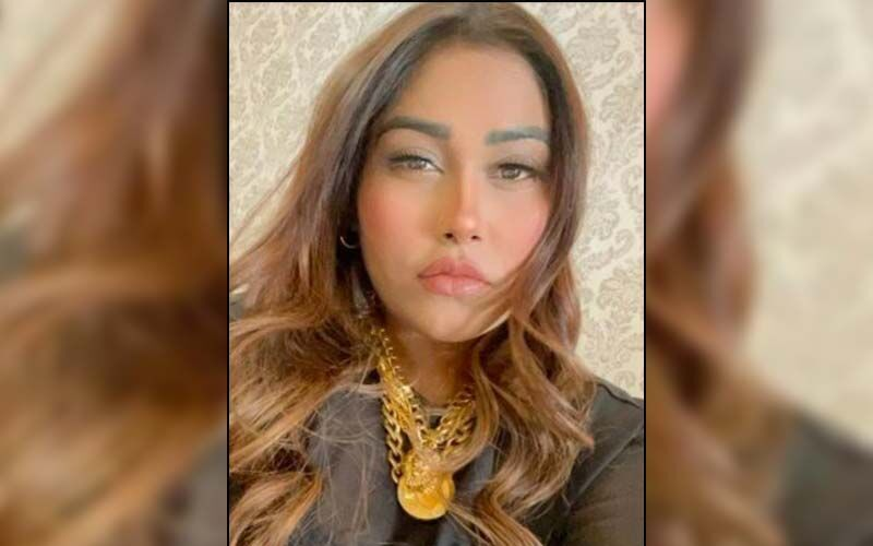 Bigg Boss 15: Afsana Khan By Mistake Drinks Oil Instead Of Water; Cries In Pain After She Falls Hard On The Ground