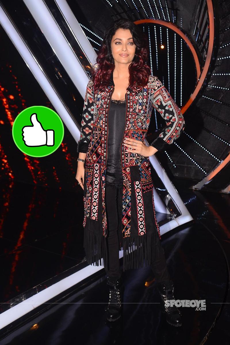 Aishwarya Rai Promotes Fanney Khan On The Sets Of India Idol 10