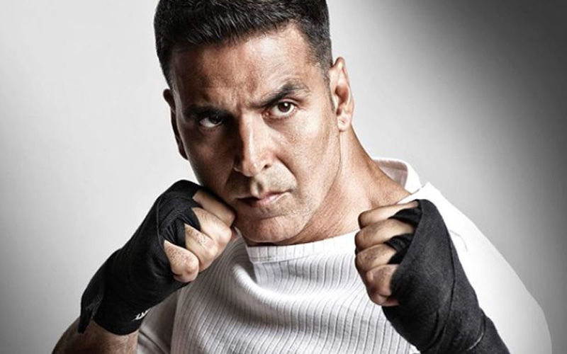 Akshay Kumar Becomes The Target Of Social Media Hate As 'Hawas Ka Devta Akshay' Trends On Twitter, Actor's Fans Come To His Rescue