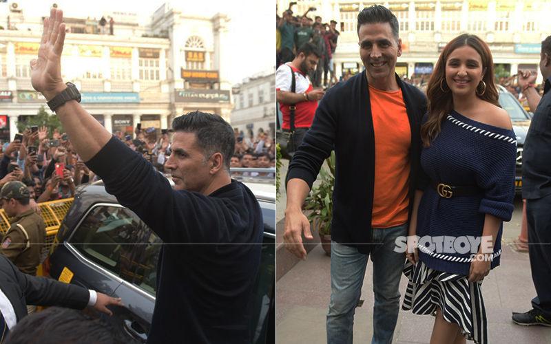 Kesari Promotion: Akshay Kumar And Parineeti Chopra Enthrall Fans In Delhi