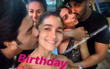 UNSEEN PIC Of Ranbir Kapoor Kissing Alia Bhatt And Arjun Kapoor Kissing Malaika Arora Hits The Internet - It's All LOVE