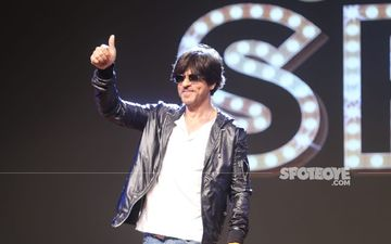 #AskSRK: Shah Rukh Khan's Answer To 'If You Could Eat Only Three Foods For The Rest Of Your Life' Is As DESI As It Can Get