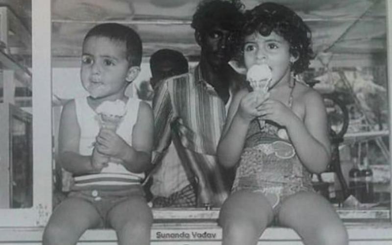 Amitabh Abhishek Shweta Bachchan Nanda Throwback Pic