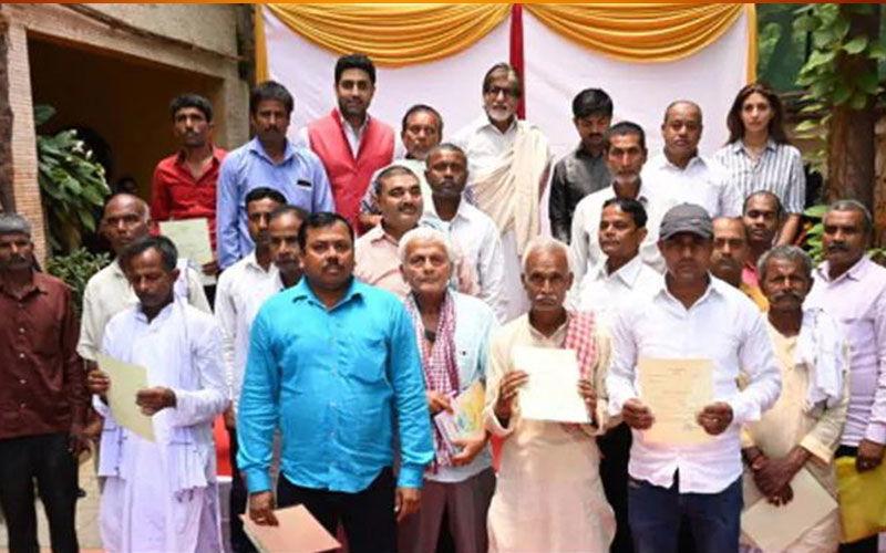 Amitabh Bachchan Helps Clear Loans Of Over 2000 Farmers From Bihar