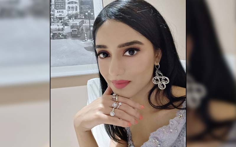 New Mommy Amrita Rao Talks About Putting A Baby To Sleep; Compares It To Winning Gold At The Olympics
