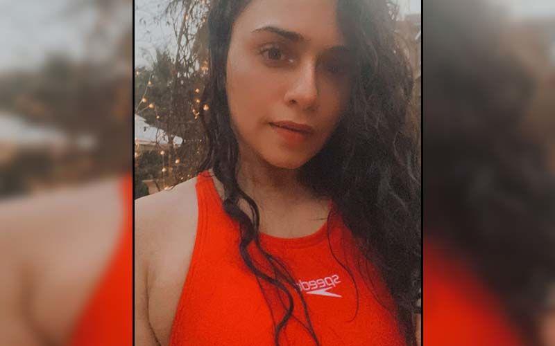 Amruta Khanvilkar Dresses To Slay In Wine Red Statement Drape