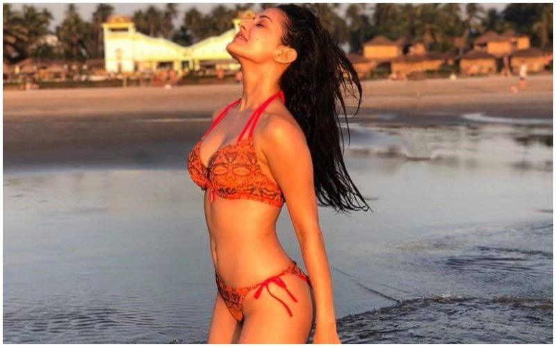 5 Times Amyra Dastur Spelt Bold To The T- View PICS Inside