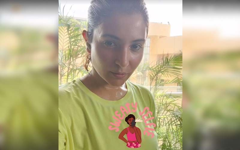 Anushka Sharma Returns To Mumbai, Shares A Picture Of Her Post-Workout Glow; SEE PHOTO