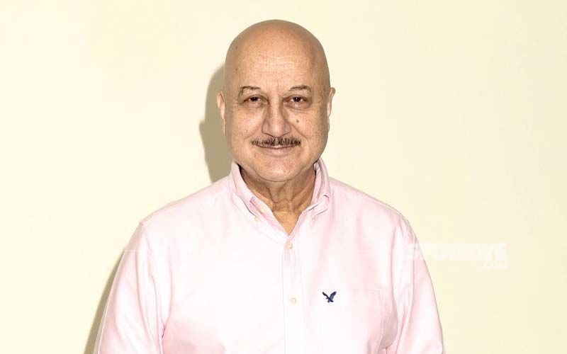 Anupam Kher Calls Out New York Apple Store For Not Displaying India's Watch In Olympic Collection