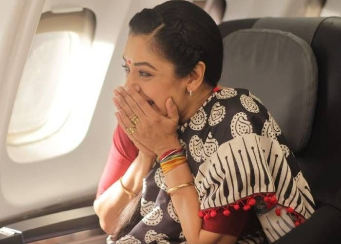 Anupamaa Spoiler Alert: Anupamaa Takes Off For Her First Flight, But Why Is Vanraj Worried?