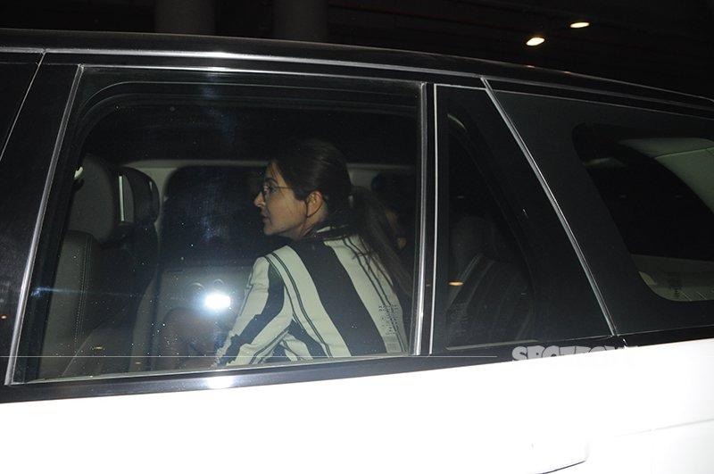 Anushka Sharma Picked Up From Airport By Virat Kohli