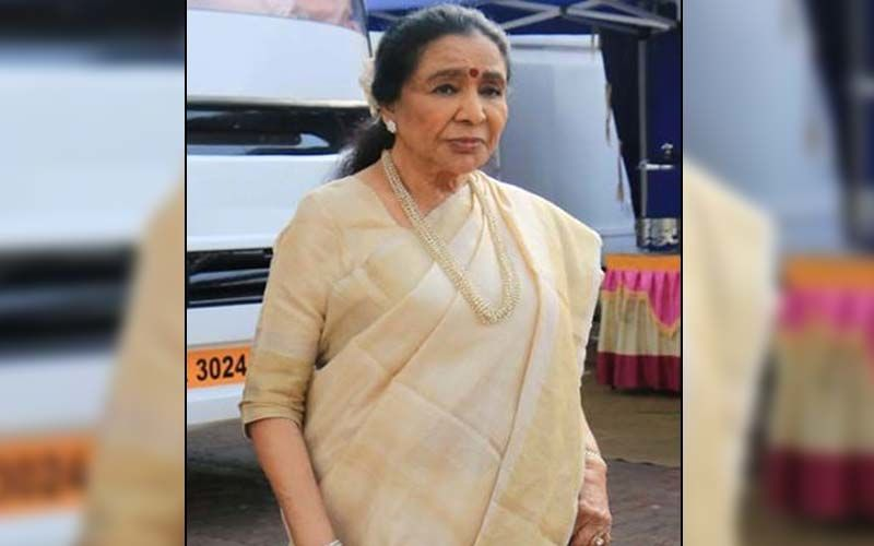 Asha Bhosle Recalls How Her Driver Thought She Needed Medical Help When She Practised The Tune For 'Aaja Aaja Main Hoon Pyar Tera' In Her Car