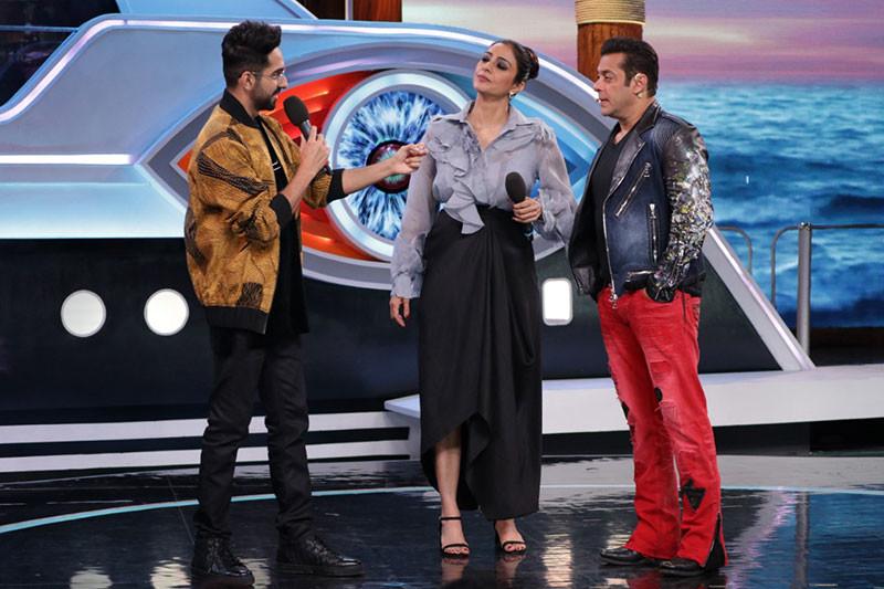 Ayushmaan Khurana Tabu and Salman Khan in Bigg Boss 12 Weekend Ka Vaar