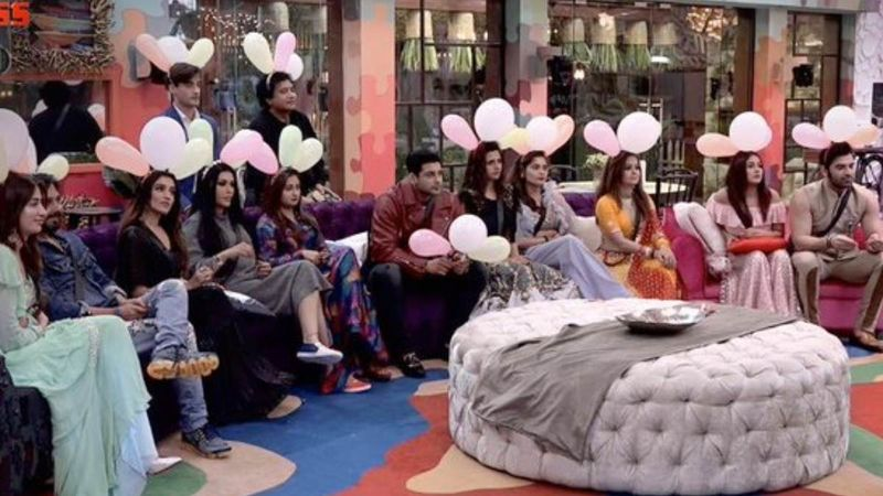 Bigg Boss 13: After #JehadFelataBiggBoss Trends, Traders' Body Writes To I&B Ministry Seeking Ban; Raises Objection To Men And Women Sharing A Bed