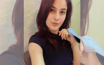 Shehnaaz Gill Heads Off To Canada For A Film's Shoot; Fans Trend Her On Twitter Saying 'Safe Travels Baby'