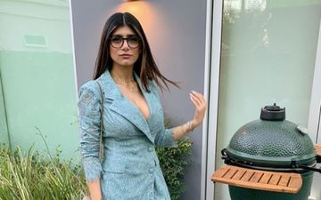Former Porn Star Mia Khalifa Faces A Slip Up As Her Boob Patch Pops Out While Wishing Christmas 2019 – See Pic