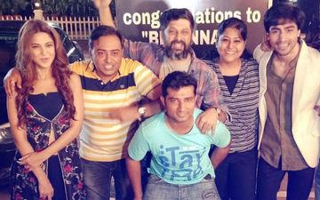 टीवी शो बेपनाह ने पूरे किए 100 एपिसोड, जेनिफर विंगेट और हर्षद चोपड़ा ने सेट पर की पार्टी