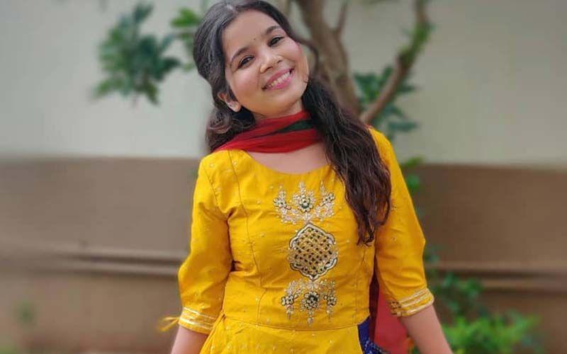 Bhagyashree Milind Wins Best Actor Female For Anandi Gopal In Indian Film Festival Of Cincinnati 2020