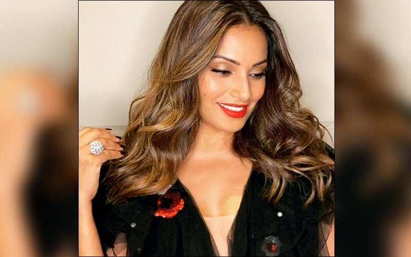 Sitting All Day? Get Workout Motivation From Bipasha Basu To Stay Fit At Home During Quarantine
