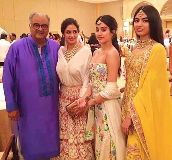 Boney Kapoor With Sridevi Janhvi And Khushi