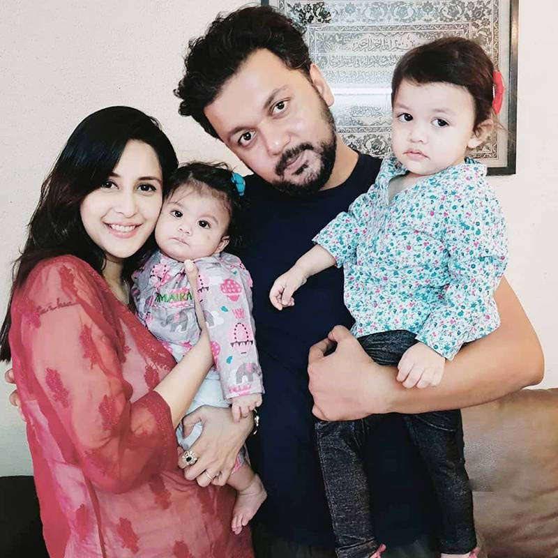 Chahat Khanna And Farhan Mirza With Kids