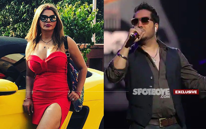 "Rakhi Sawant Lashes Out At Mika Singh For Performing In Karachi; Asks, ""Chand Rupayon Ke Liye Apne Aap Ko Kaise Bech Sakte Ho?"" - EXCLUSIVE"