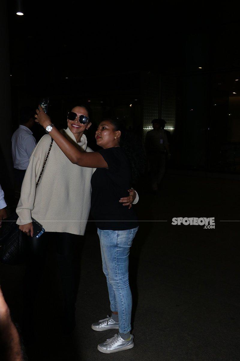 Deepika Padukone Gets A Selfie Clicked With A Fan