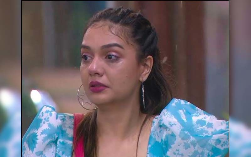 Bigg Boss OTT: Divya Agarwal Breaks Down As She Reveals She Was In Trauma After Her Father's Demise; Shares How It Affected Her Relationship With Beau Varun Sood