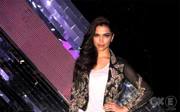 Finding Fanny Stars Stepped Out In Style