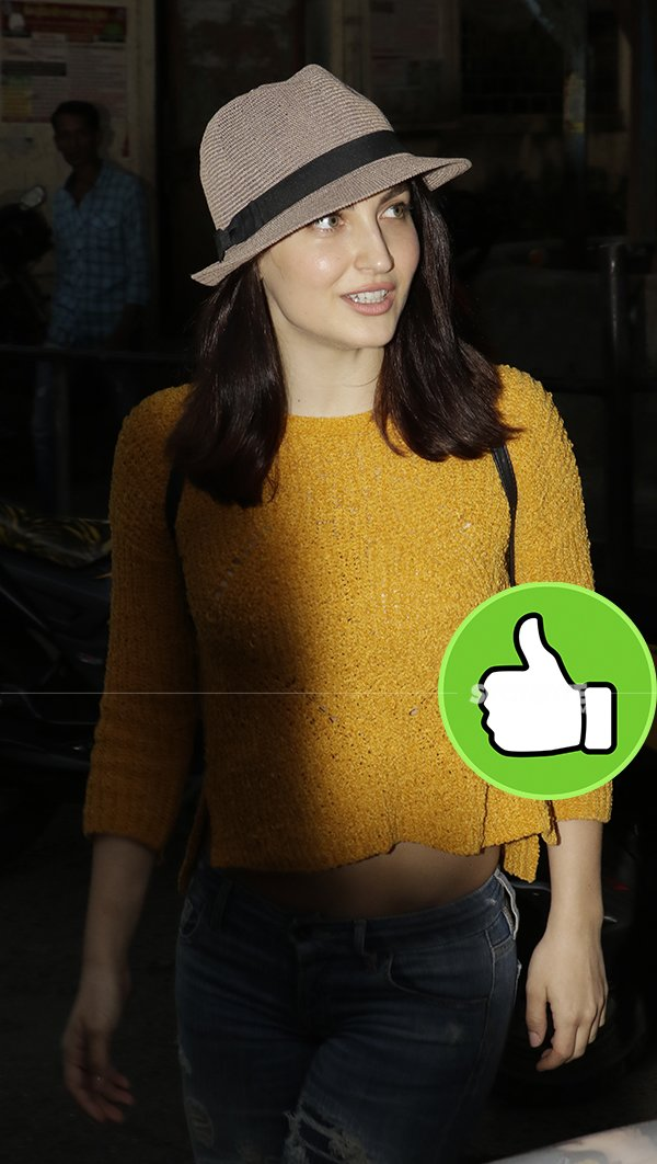 ELLI AVRRAM Snapped At Filmistaan Studio