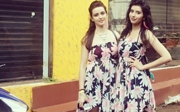 Mere Angne Mein Actresses Ekta and Charu Having A Fun Time In Goa