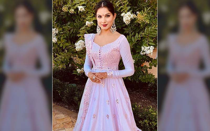 Firangi Actress Monica Gill's Grandmother Dance Will Take Your Heart-Watch Video