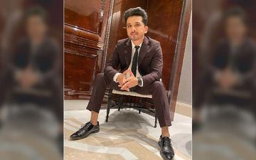 Guess Who Became A Photographer For Abhijeet Khandkekar As He Poses In His Dapper Chocolate Blazer?