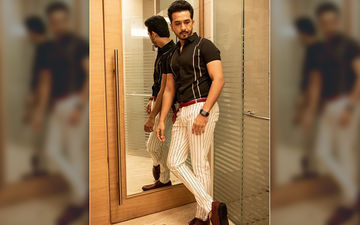 Zee Marathi Awards 2019: Abhijeet Khandkekar Looks Stunning Hot In This Stripes Formal Wear