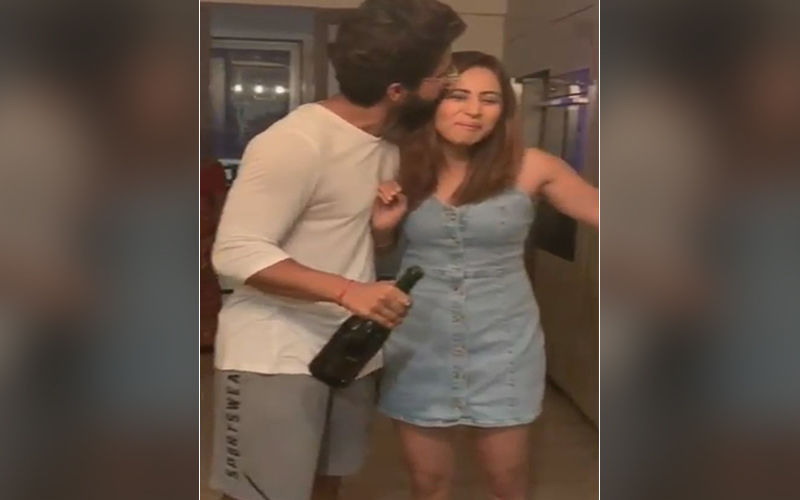 Jamai Raja 2.0 Actor Ravi Dubey Celebrates Wife Sargun Mehta's Birthday, Opens A Bottle Of Bubbly