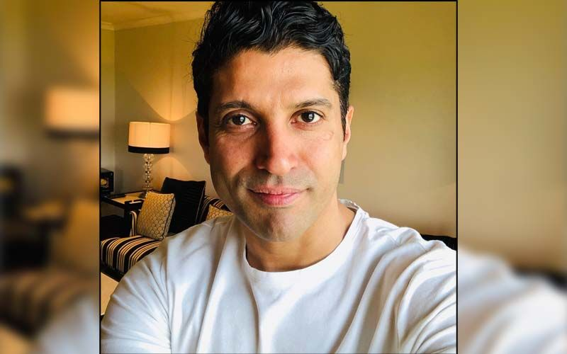 Farhan Akhtar Has The Most Savage Response For A Twitter User Who Trolled Him For Questioning The Price Of COVID-19 Vaccine; Says 'Address De Tera'