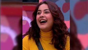 Shehnaaz Gill's 'Saccha Pyaar' From Bigg Boss 13 House Is Still Stalking Her; Lady Gushes, 'Chori Chori Milne Aaya Hai' - VIDEO
