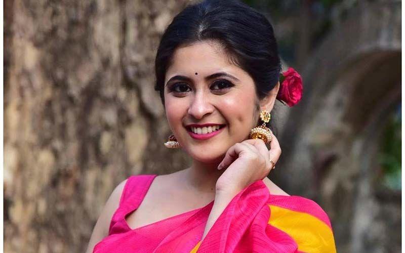 Gayatri Datar Flaunts Her Saree Throwback Reminding Us Of Her Mesmerizing Beauty