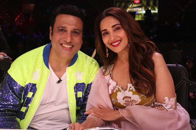 Govinda with Madhuri Dixit on the sets of Dance Deewane