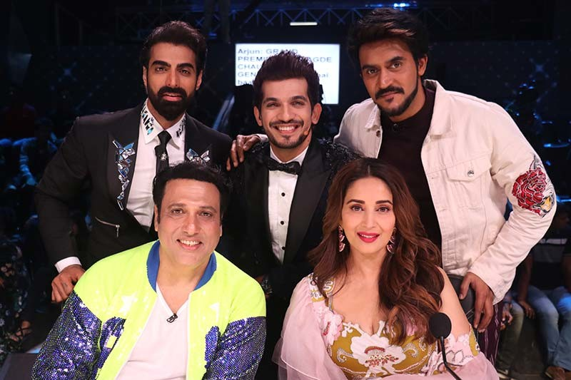 Govinda with the Judges and host of Dance Deewane