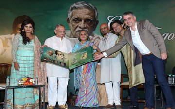 Gulzar Translates Rabindranath Tagore's Poems For New Generation